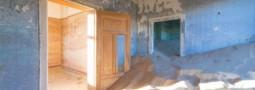 Kolmanskop , la ville fantôme sous les sables du temps.